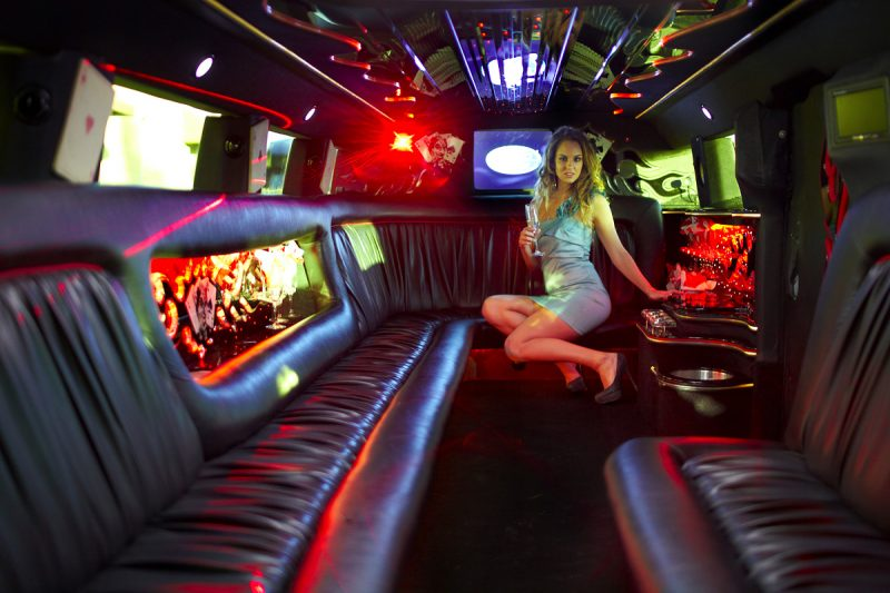 new year limo bus