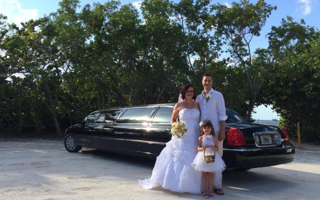 wedding stretch limo bus